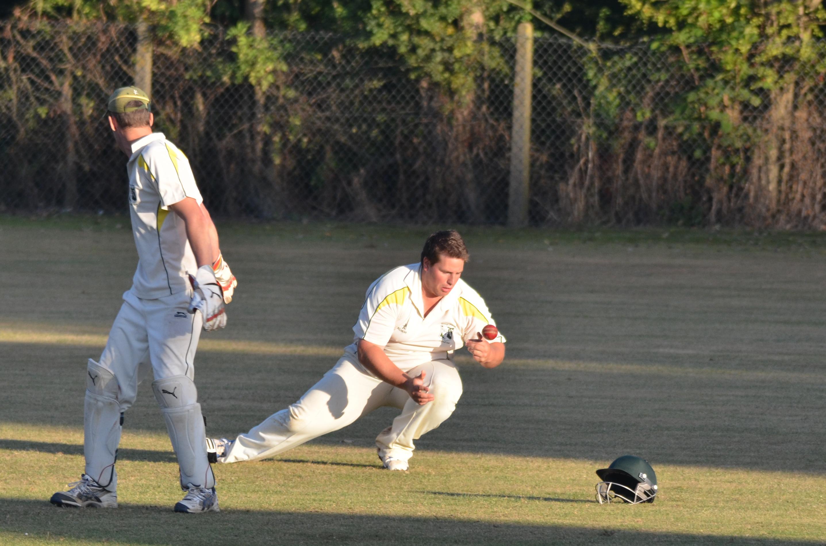 Wantage Cricket Club vs Britwell Salome 2013 244-slip-catch-fumble_edited-1